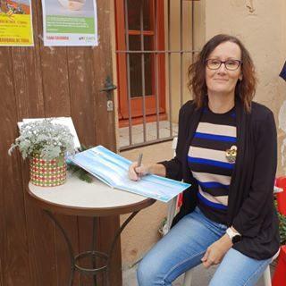 Claire Smedley, author